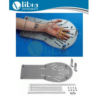 Tuppers Hand Retractor Set